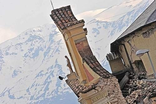 terremoto-paganica-chiesa