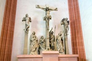 Frankfurt_Am_Main-St_Bartholomaeus-Kreuzigungsgruppe-Backoffen-Original[1]