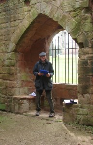 Richard-K.-Morris-at-Kenilworth-Castle-655x1024[1]