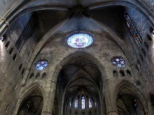 800px-361_catedral_de_girona2c_rosasses_de_la_nau_vora_l27absis