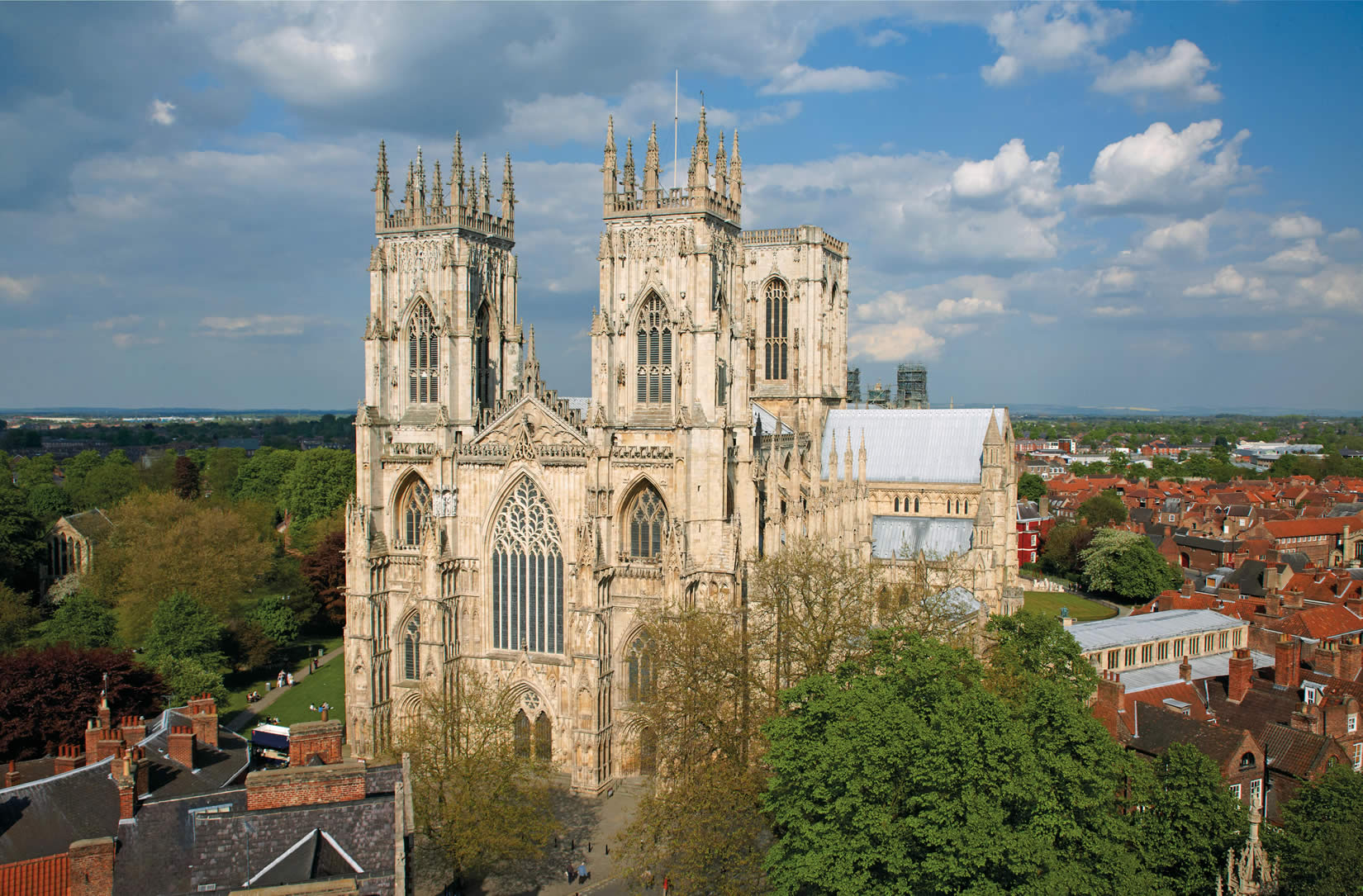 minster york gothic cathedral yorkshire architecture hilton england fire yorkminster west south transept anglo cathedrals medieval places buildings hotel north