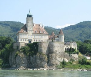 5276587-schallaburg_castle-0